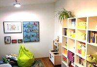 Zimmer für therapeutisches Spielen zur Förderung der Sprachentwicklung